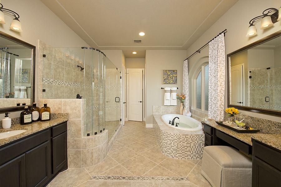 Cypress Creek Lakes Model Home 4931 Sq Ft Master Bathroom