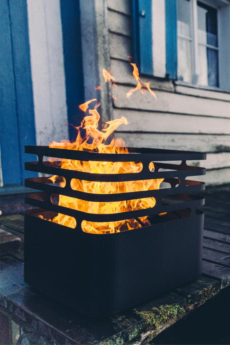 Cube Von Hofats Grill Und Feuerstelle Zusammen Http Www Garten Und Freizeit De Hofats Grillrost Fur Cube Html Feuerkorb Feuer Grill Kaufen