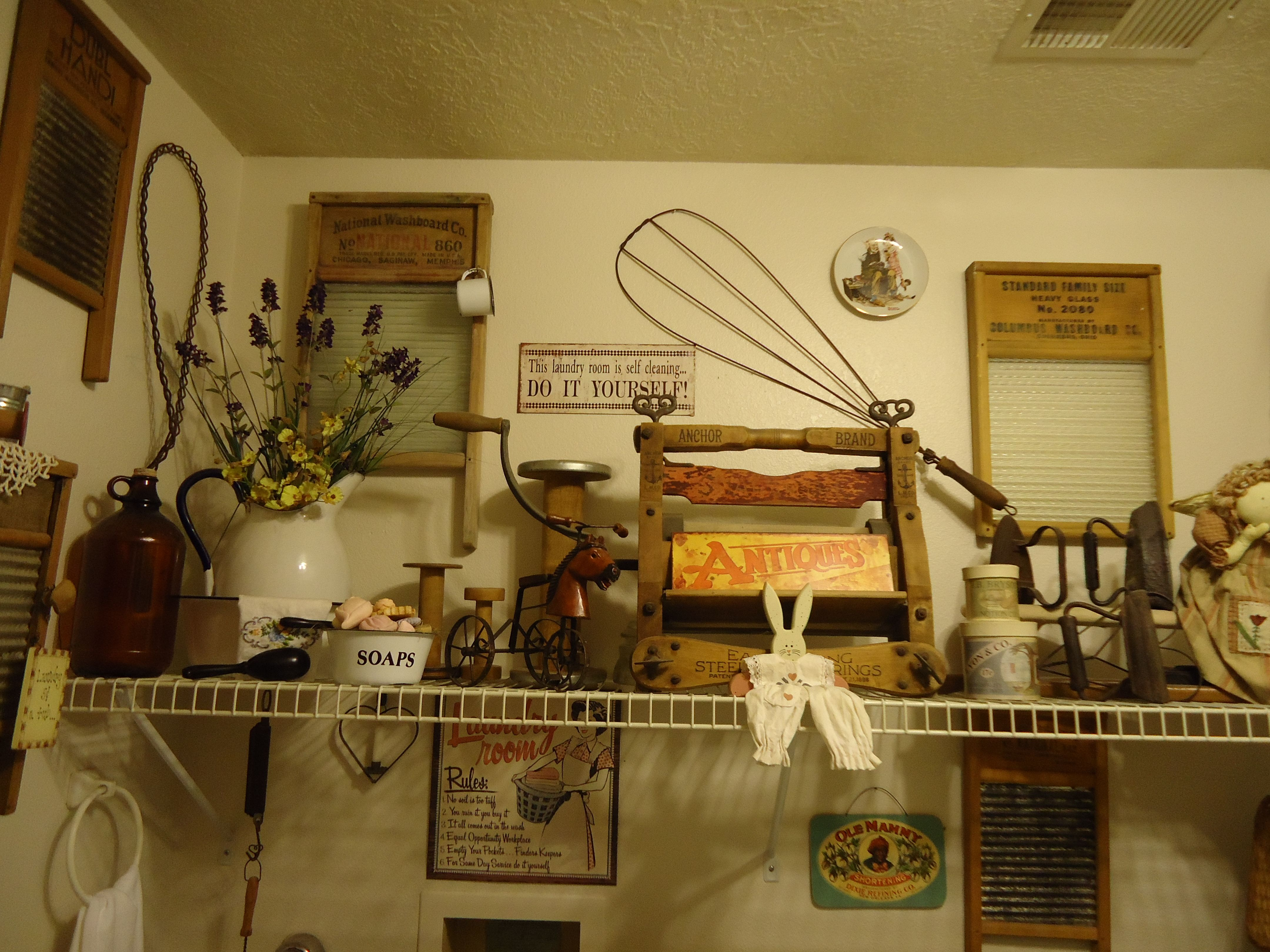 This Is My Laundry Room I Love All Things Vintage Vintage Laundry Room Primitive Laundry Rooms Vintage Laundry Room Decor