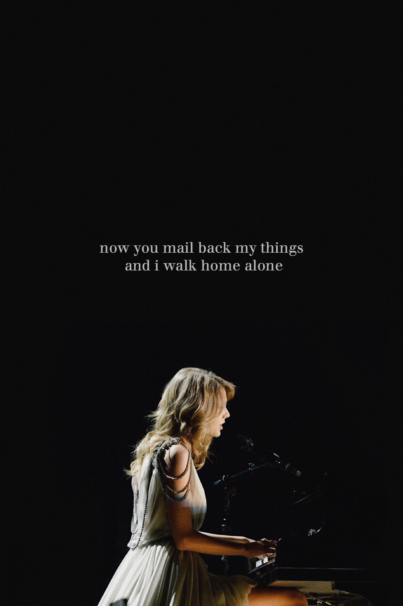 I Remember It All Too Well Edit Taylorswift Red Aesthetic Wallpaper Swiftie Taylornation Taylor Alison Swift Taylor Swift Taytay