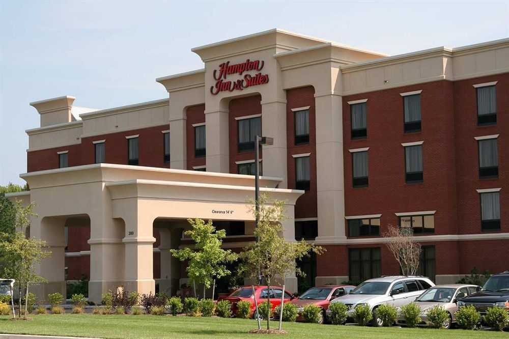 Book Hampton Inn Suites Smithfield Virginia Hotels