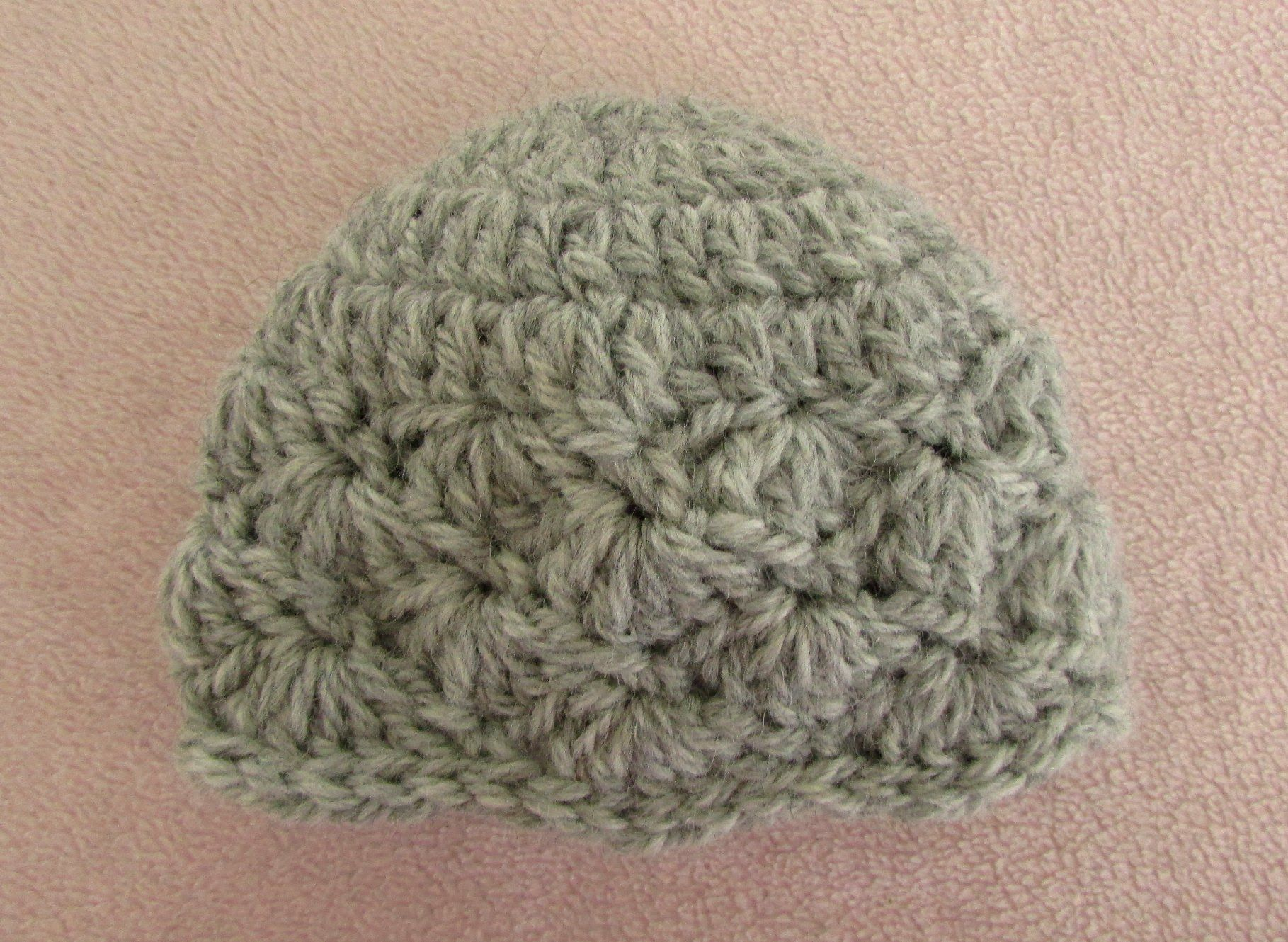This video is a detailed step by step tutorial on how to crochet a very easy pretty crochet baby hat shell stitch baby hat tutorial this video is a detailed step by step tutorial on how to crochet a pretty baby hat bankloansurffo Images