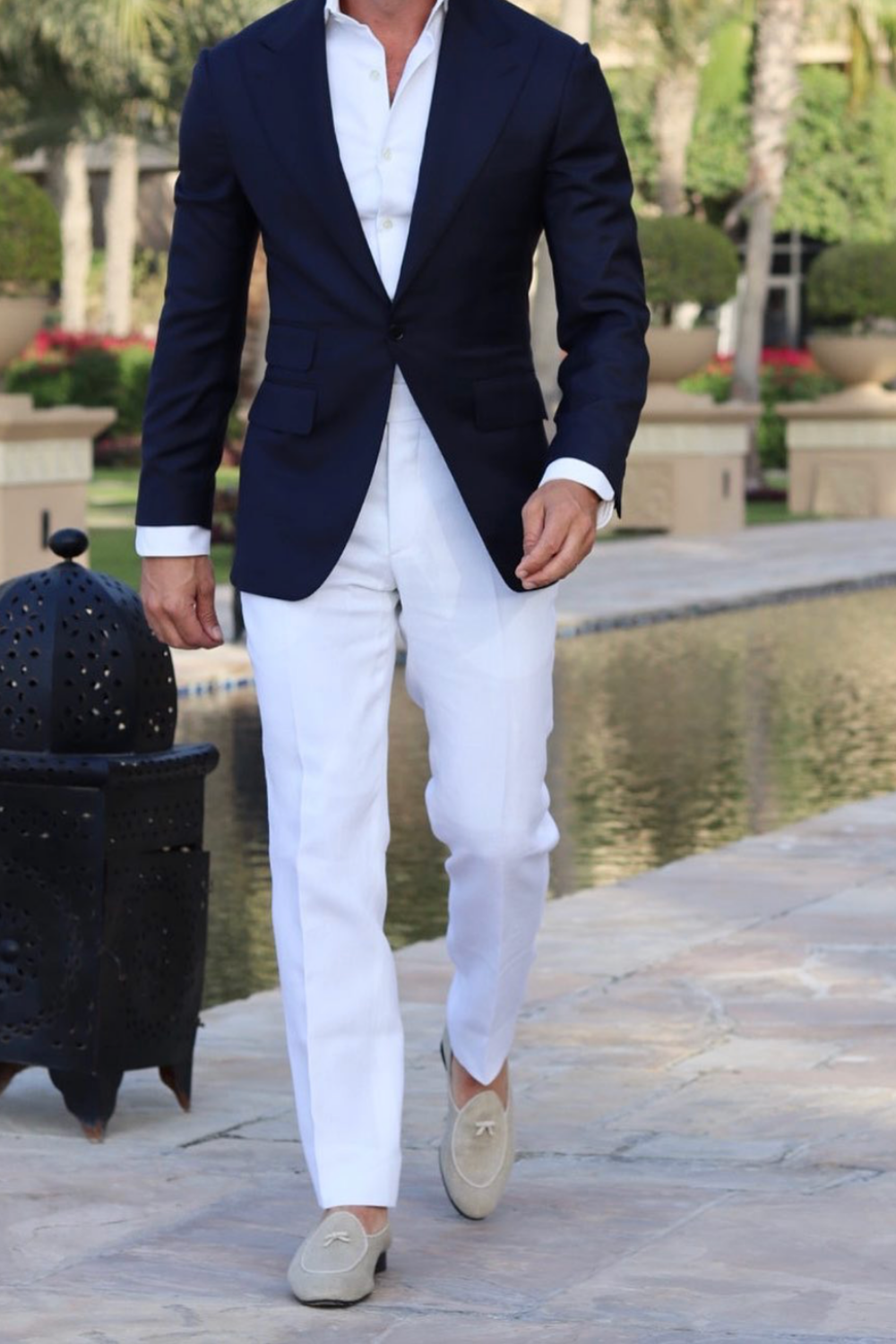 Men S Black On White Suit Outfit Gentleman Style Giorgenti Custom Suits Brooklyn Nyc In 2021 Dapper Gentleman Style Men S Spring Outfit Gentleman Style [ 1500 x 1000 Pixel ]