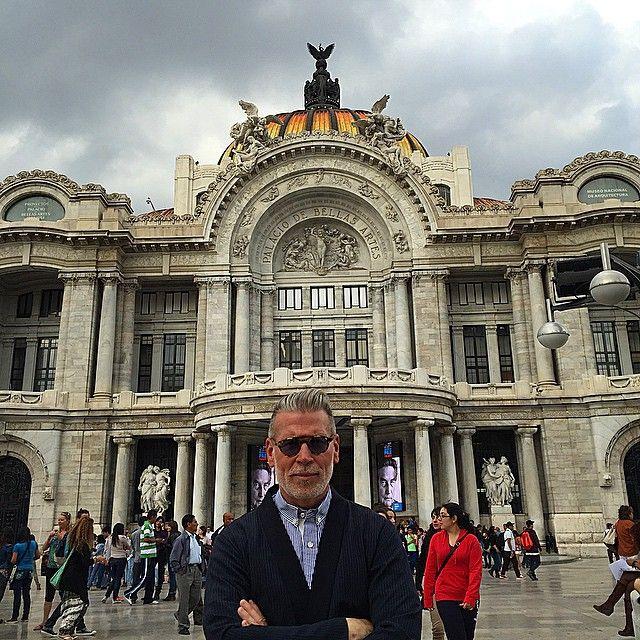 Incredible.  (at Palacio de Bellas Artes)