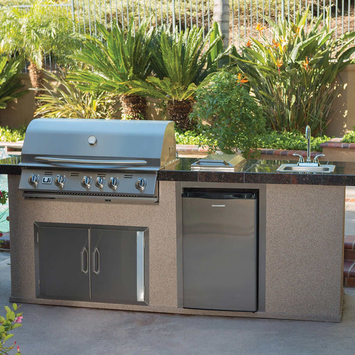 Urban Islands Stainless Steel 38 5 Burner Drop In Grill In 2021 Outdoor Kitchen Patio Small Outdoor Kitchens Outdoor Kitchen Grill