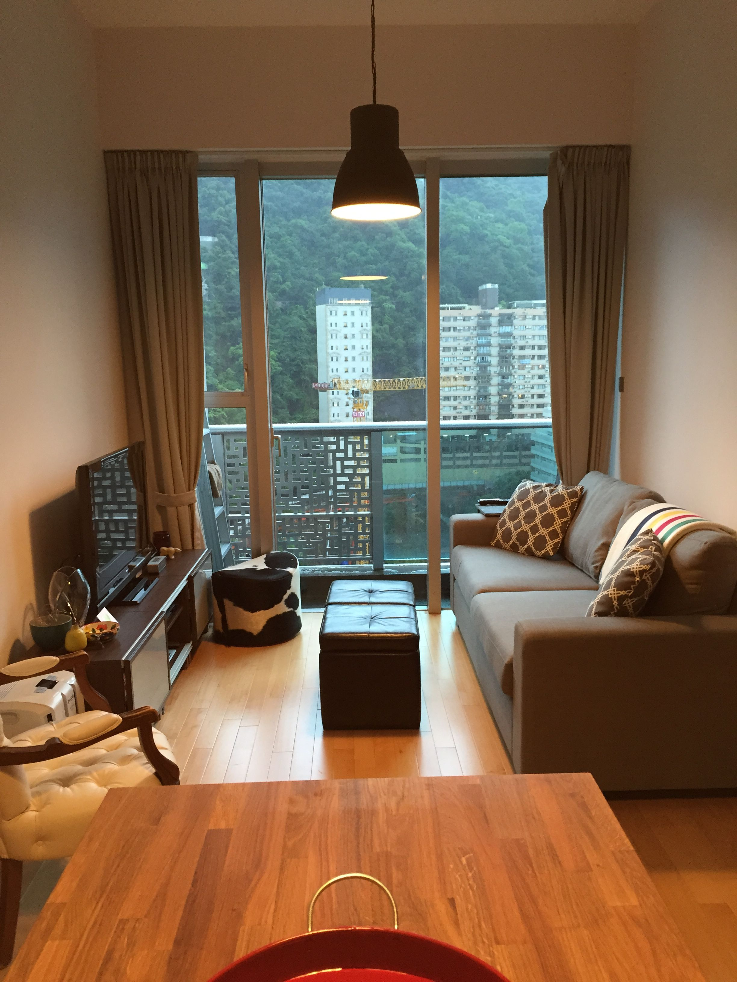 Mini Sofa Hong Kong 440 Sq Ft Apartment Living Room Hong Kong Apartment Our