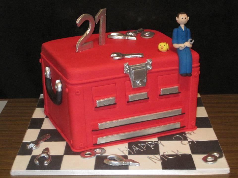 Tool box 21st Birthday cake