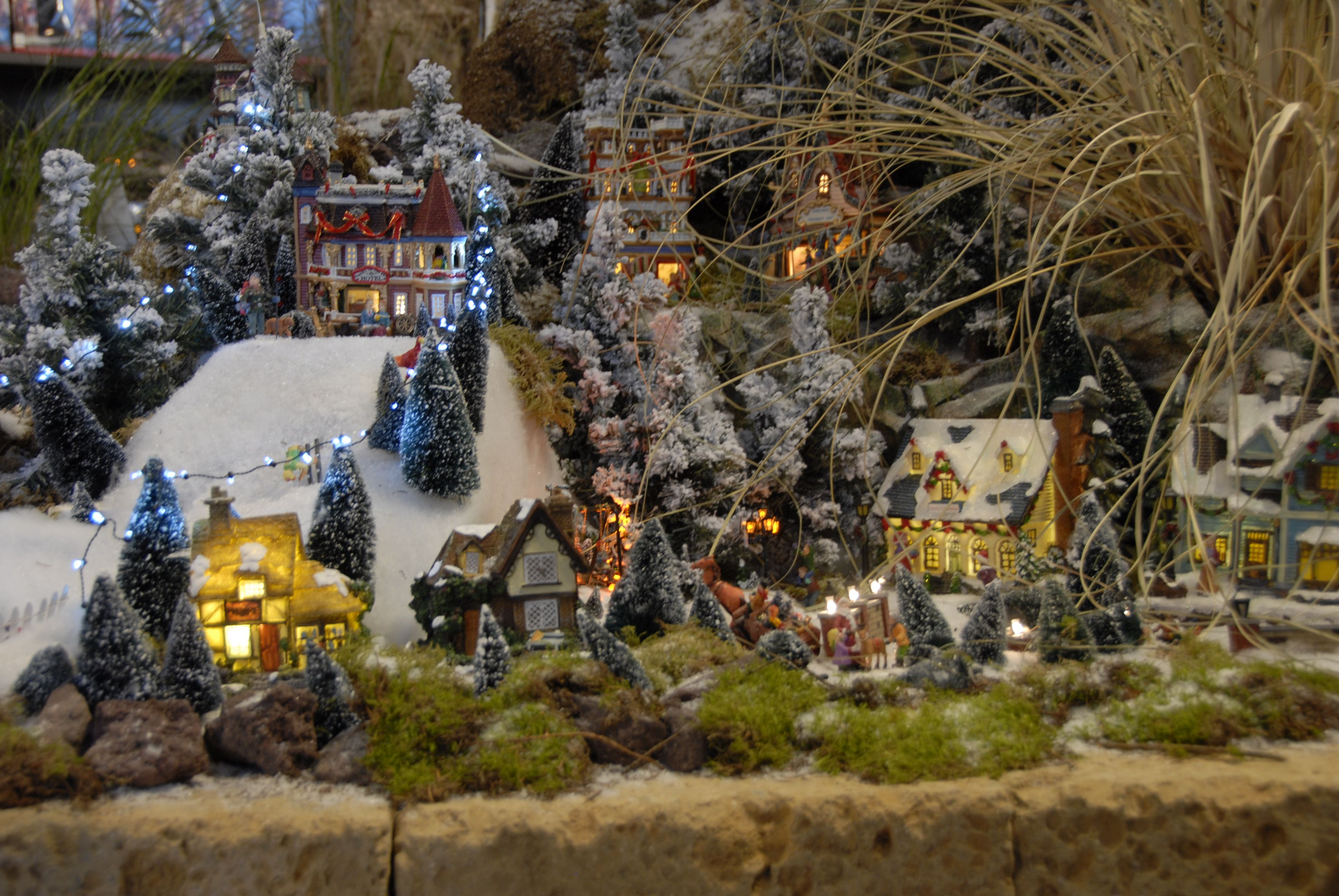 Lemax kerstdorp intratuin 39 s gravenzande november 2013 for Intratuin s gravenzande
