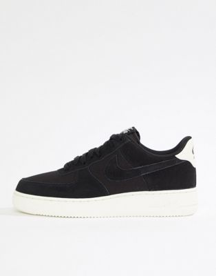 4ad0e8591c42c Nike - Air Force 1  07 - Baskets en daim - Noir AO3835-001