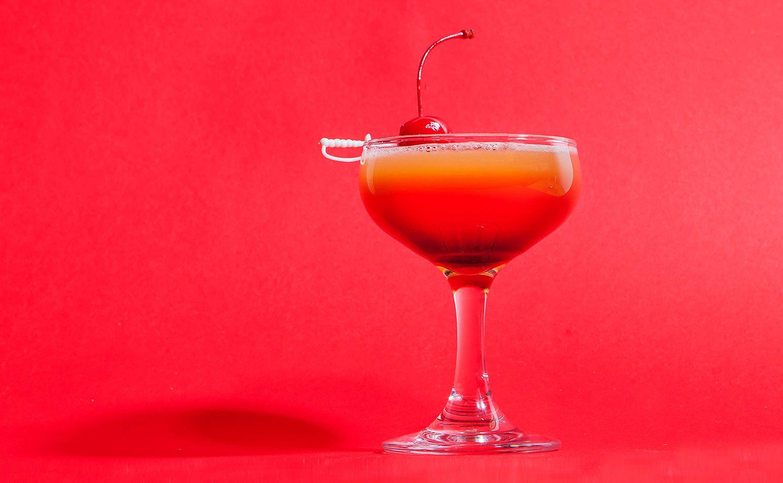 Punch Sammy Davis Jr Sour Cocktail Recipe Recipe Sour Cocktail Spring Cocktails New York Sour