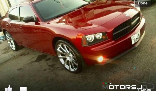 2007 Dodge Charger 3.5L. This is my car in June :))