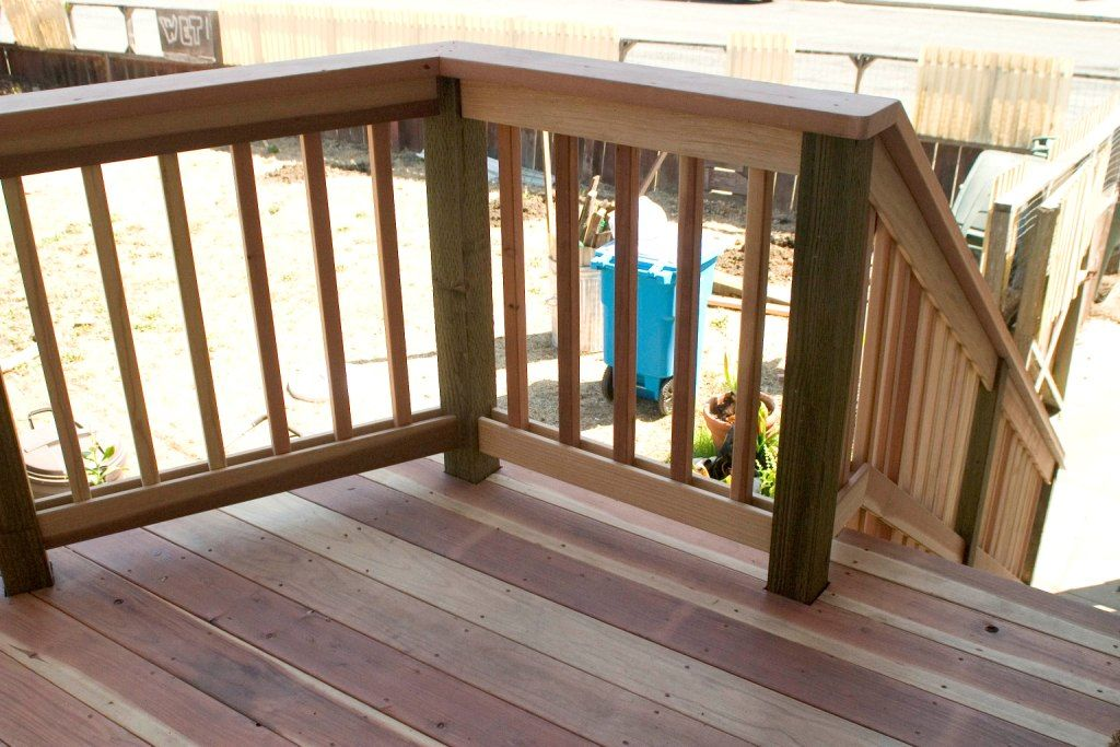 Wood deck railing design ideas visit more deck railing for Balcony handrail