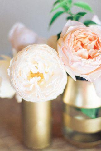 Diy Gold And Glitter Vases Tutorial Glitter Vases Wedding And