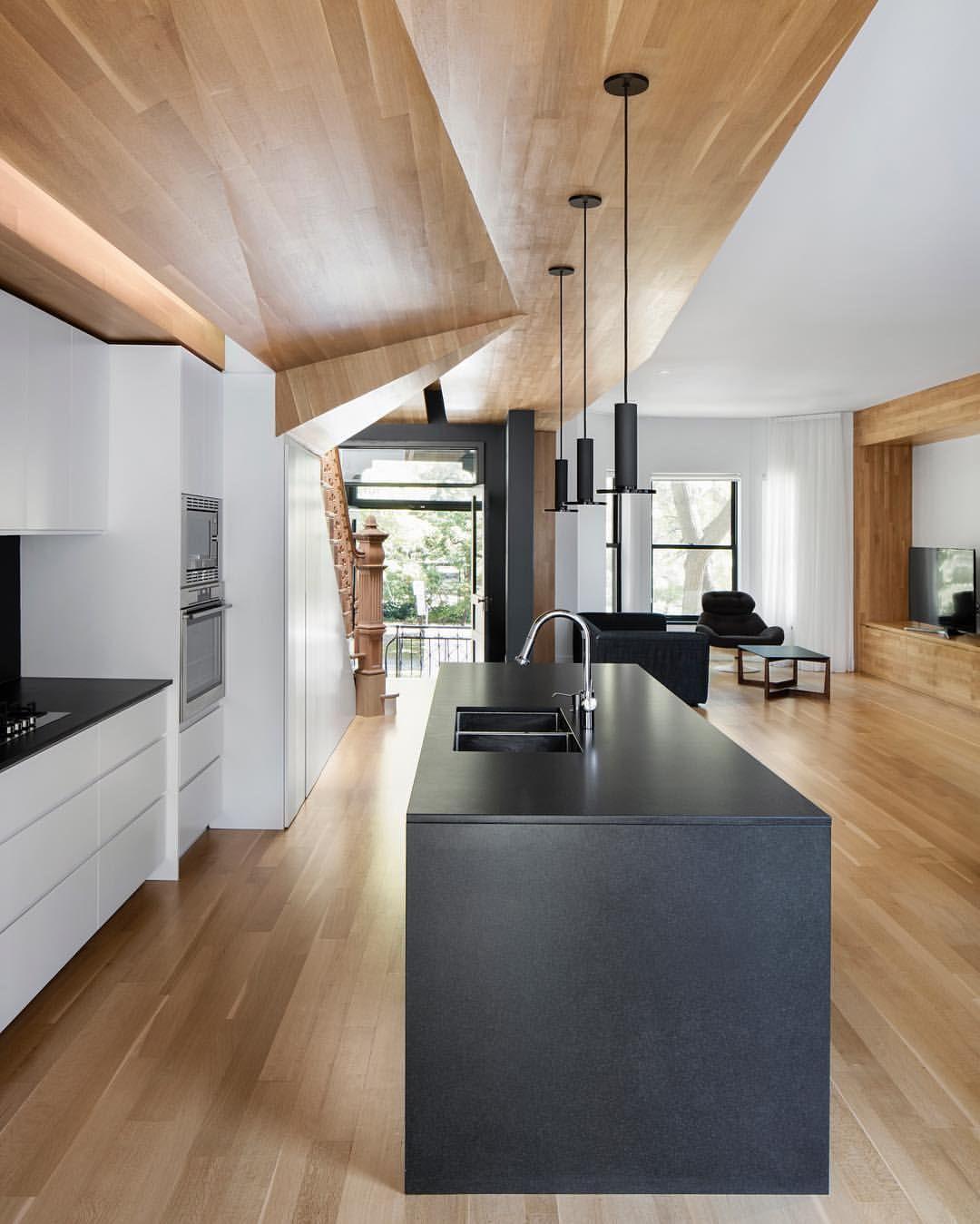 """""""Mi piace"""": 12.9 mila, commenti: 42 - Architecture & Design (@architectanddesign) su Instagram: """"La Casa of Paul & Sigi by MXMA Architects. (2016) Location: #Montreal #Canada #architectanddesign"""""""
