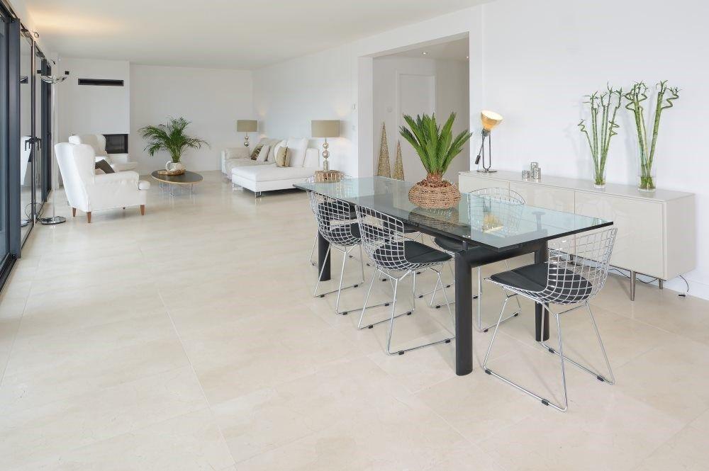 Epingle Sur Tile Floor Living Room