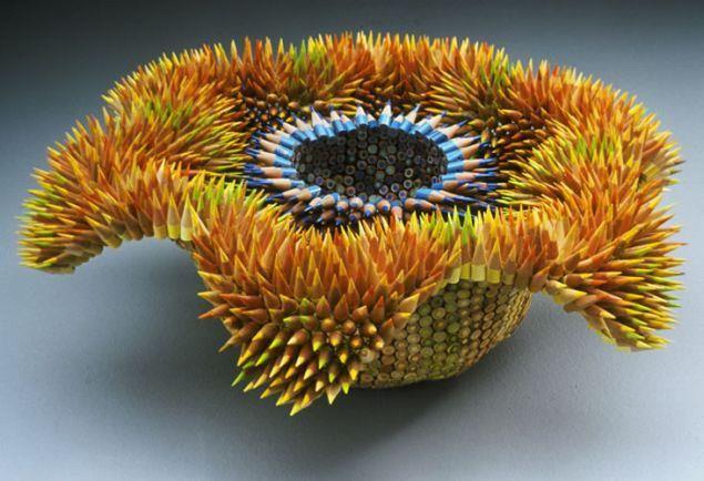 The fantastic sea creature using pencils of different colors. Amazing !