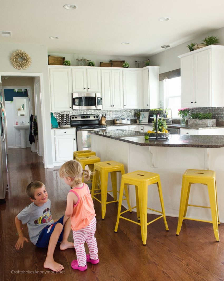 How To Paint Kitchen Cabinets With Chalk Paint  Kitchens Chalk Entrancing How To Paint Kitchen Cabinets White Decorating Inspiration