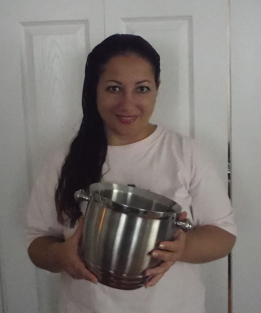 I completed the Ice Bucket Challenge for ALS, and promised to hold a fundraiser at my online store, Younique, which will allow your shopping experience go to a good cause. Shop this week from this Even (8/25/14 thru 8/31/14) and I will donate all residual income to the cause. Click here to help: https://www.youniqueproducts.com/Lola/products#.U_vAYPnNEuc