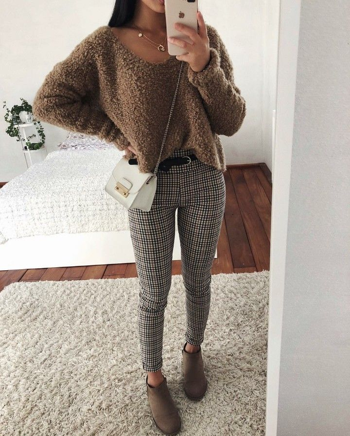 """Photo of Thanya W. on Instagram: """"Anzeige   Autumn outfit inspo 🍂 YAY or NAY?"""""""