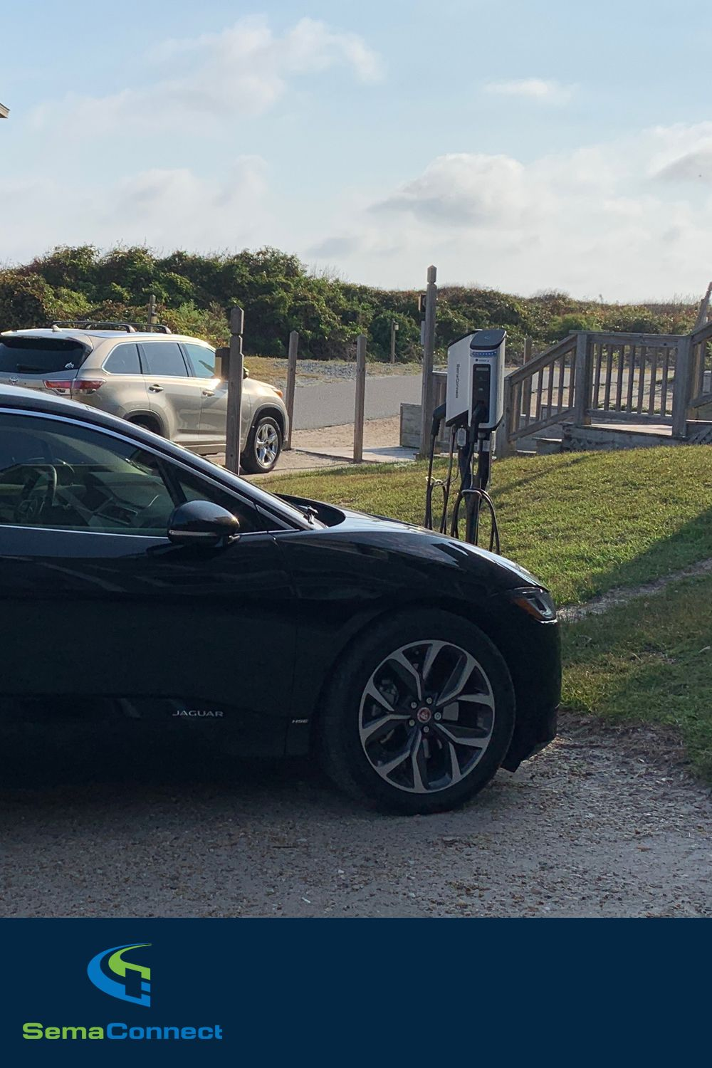 SemaConnect Series 6 EV charging stations at Barrier Island Station in Duck, North Carolina #evcharging #electriccars