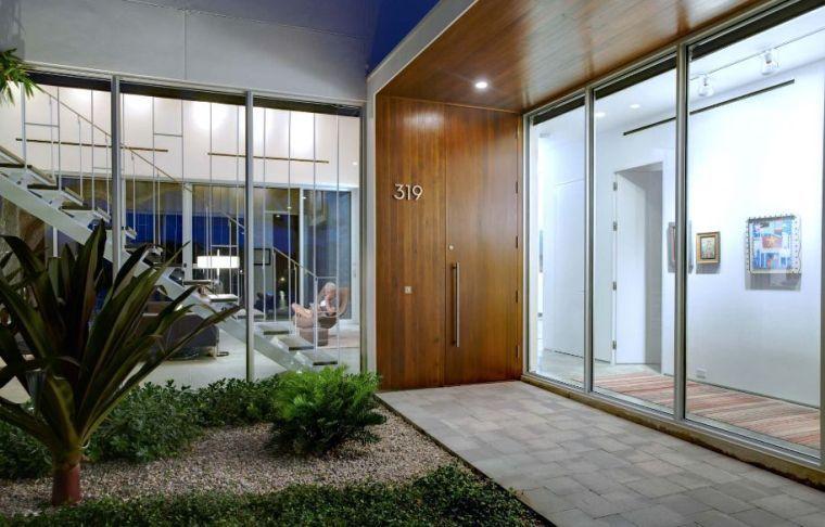 Aménager une entrée de maison moderne Doors