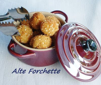 ALTE FORCHETTE - food blog -: FINGER FOOD: POLPETTINE DI QUINOA CON MENTA E LIMONE