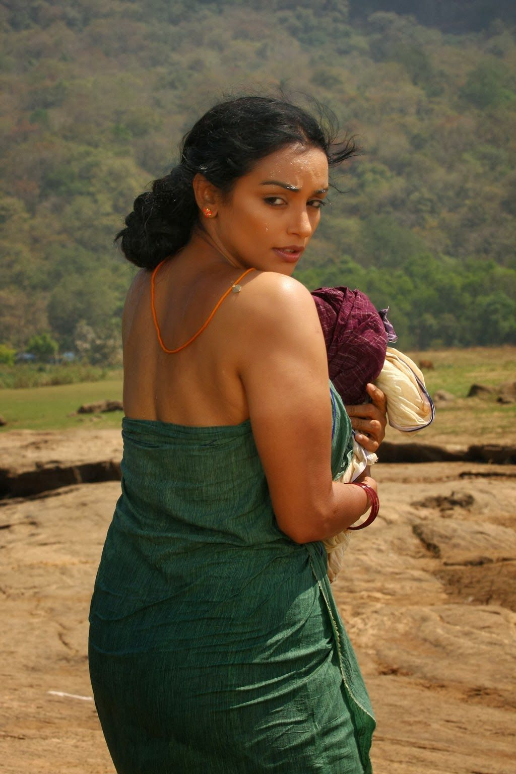 Hot Malayalam Actress Swetha Menon Latest Pictures And Hot Wallpapers Now Only At Hotimages Co In Check Out For Swetha Menon Super Sexy Stills And Also