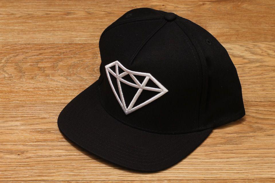 Diamond Supply Co. Rock Logo Snapback Hat Black   White £34.95 ... bed29147300