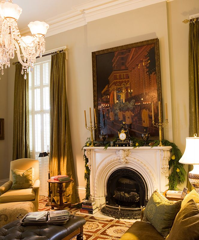 Home Decor New Orleans: A Cozy Sitting Room In The New Orleans Historic Home