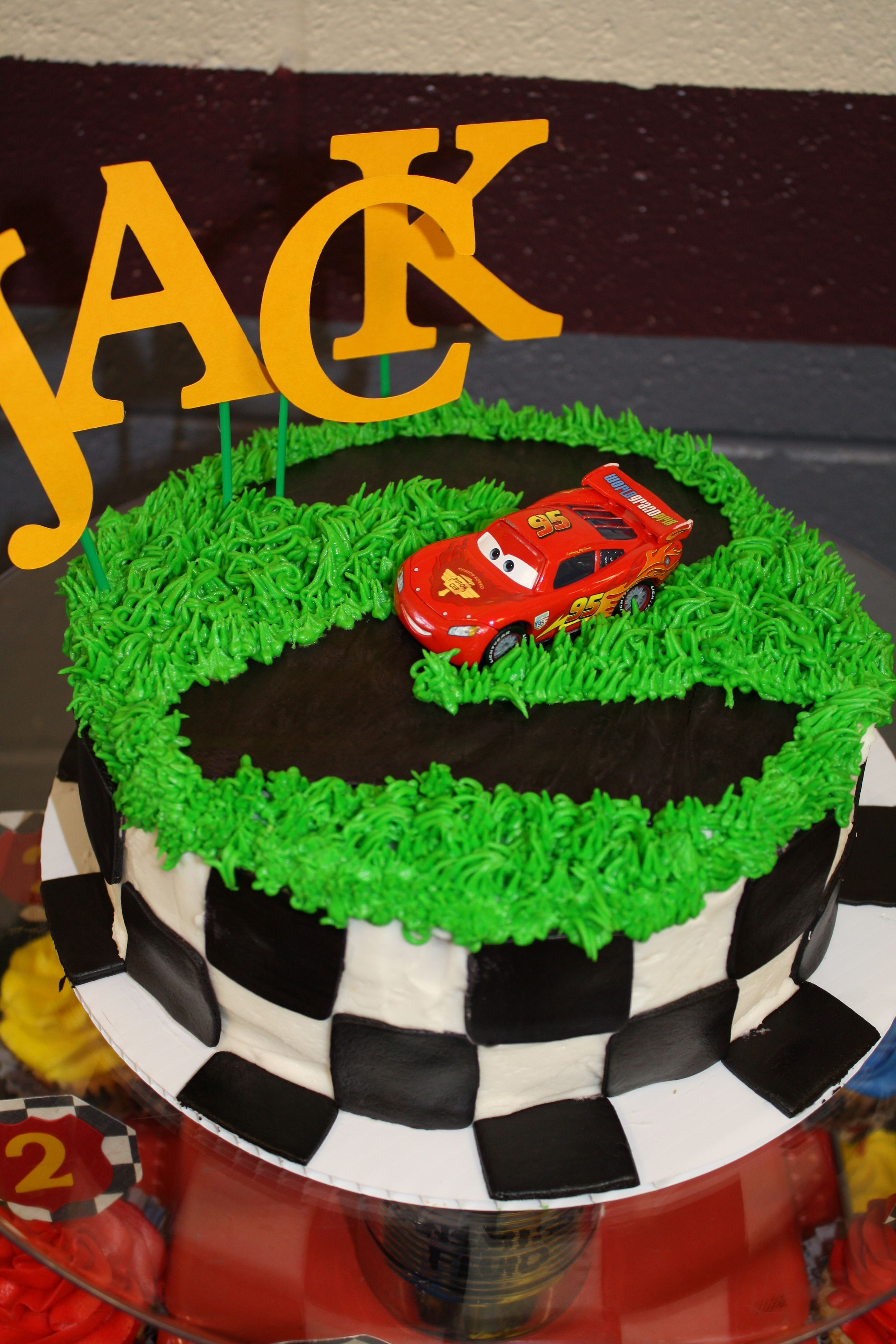 CARS Themed Cake (Top Tier) Cars theme cake, Disney cars