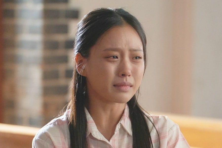 """Go Min Si Tears Up As She Encounters An Unexpected Twist Of Fate In """"Youth Of May"""""""