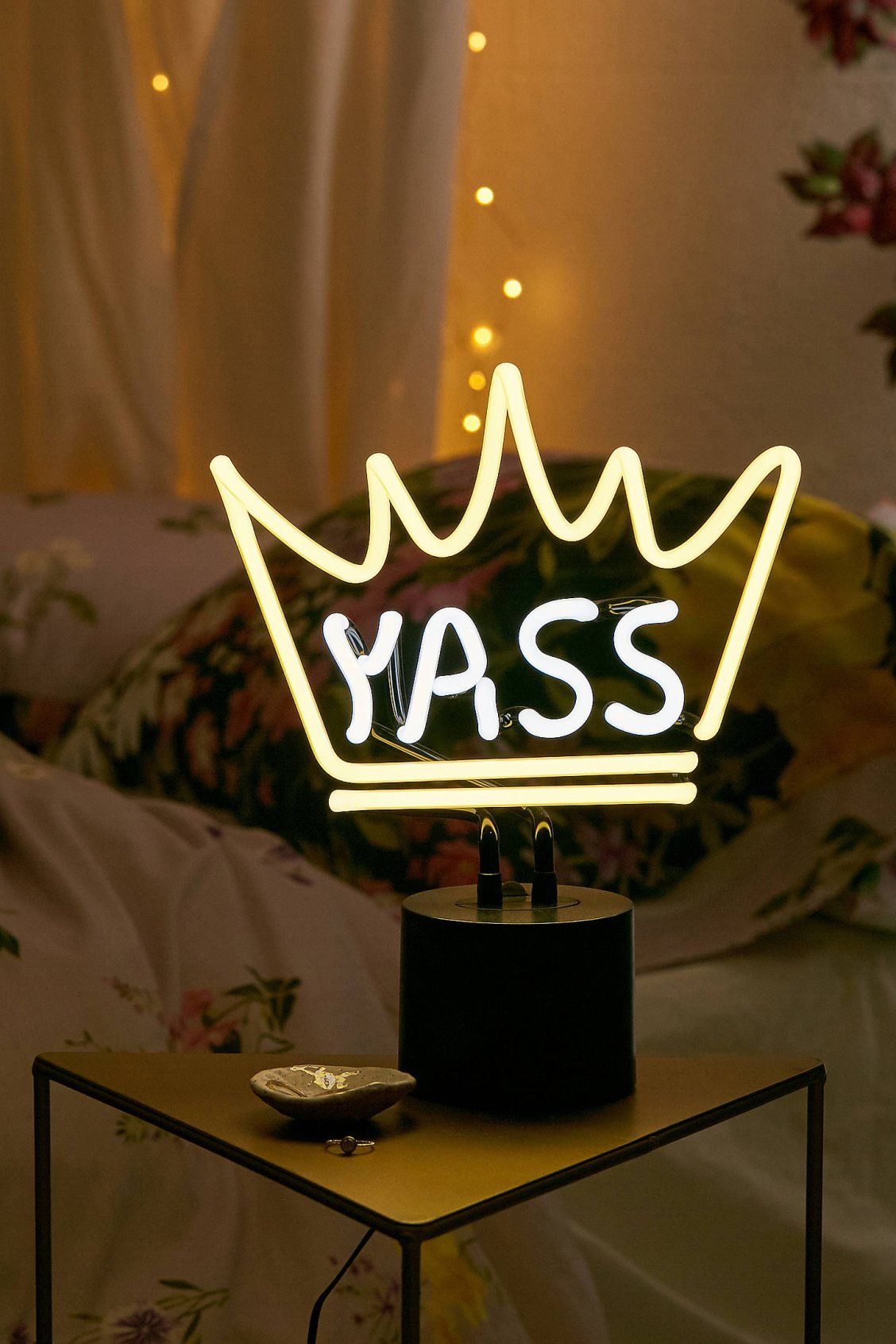 Yass Queen Neon Sign Table Lamp | Urban Outfitters
