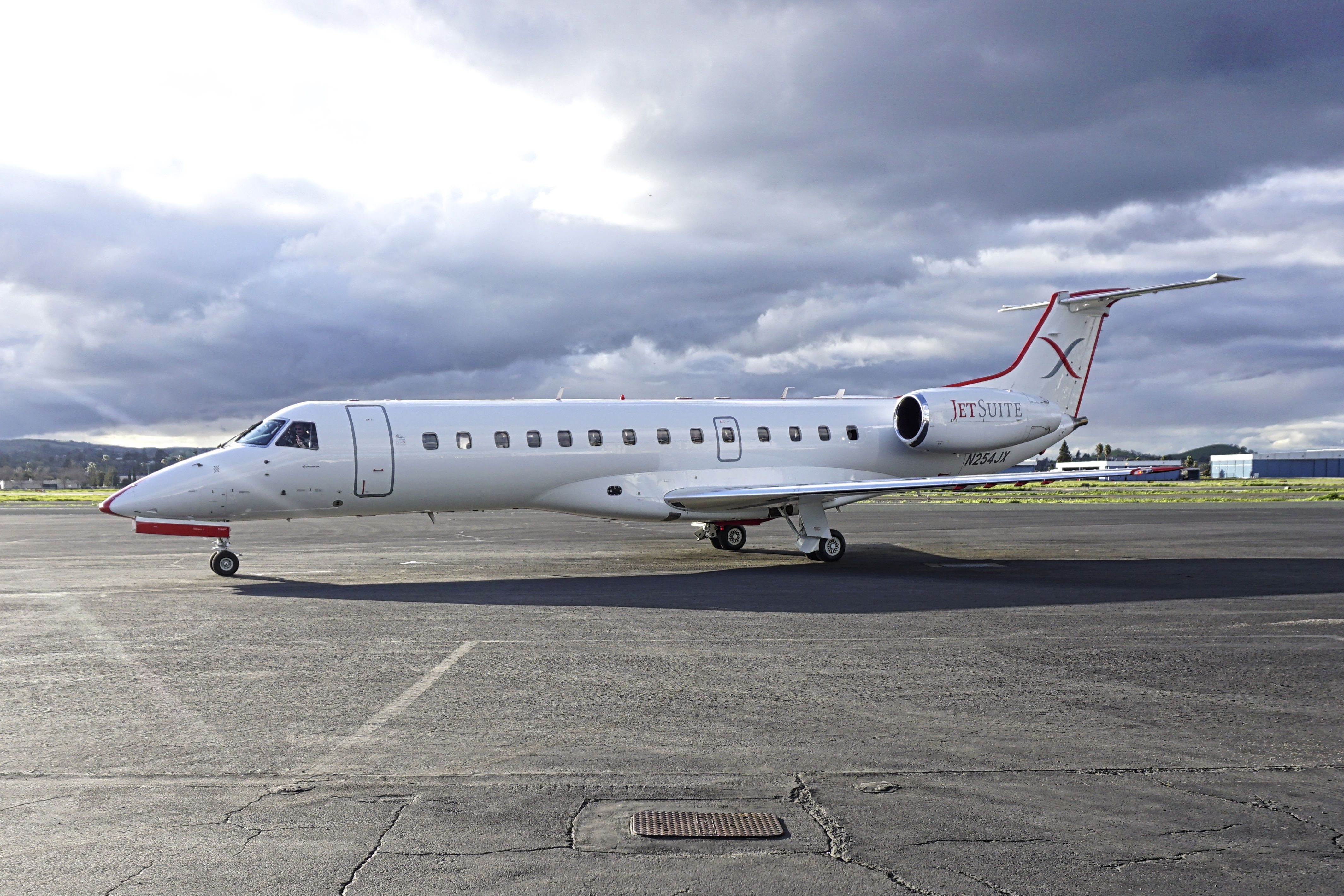 2000 Embraer ERJ135 LR N254JX c/n 145275 at Concord