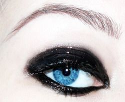 irenee398:  Glossy eye!!! Love