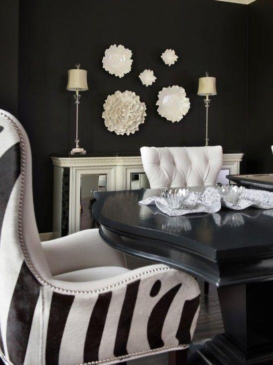 لو لون دهانات الجدران فى شقتك غامقة ممكن تستخدم تابلوهات بالالوان فاتحه تكسربيها درجة اللون الغامقة Dizajn Interera Interer Dizajn