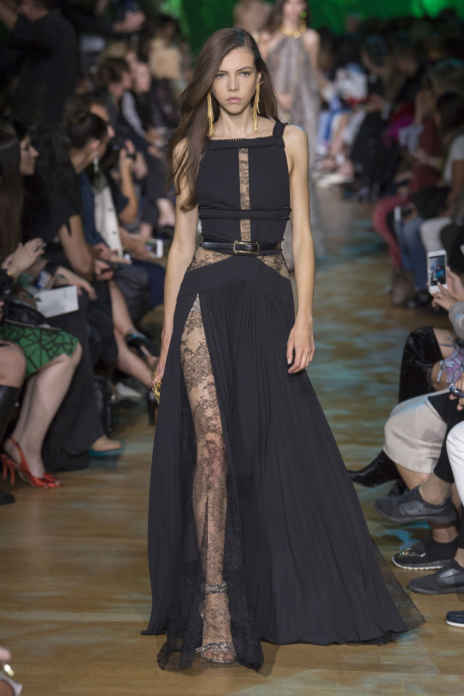 76f94249f7756 Elie Saab Spring/Summer 2018 Ready To Wear | 2018 S/S Ready to wear ...