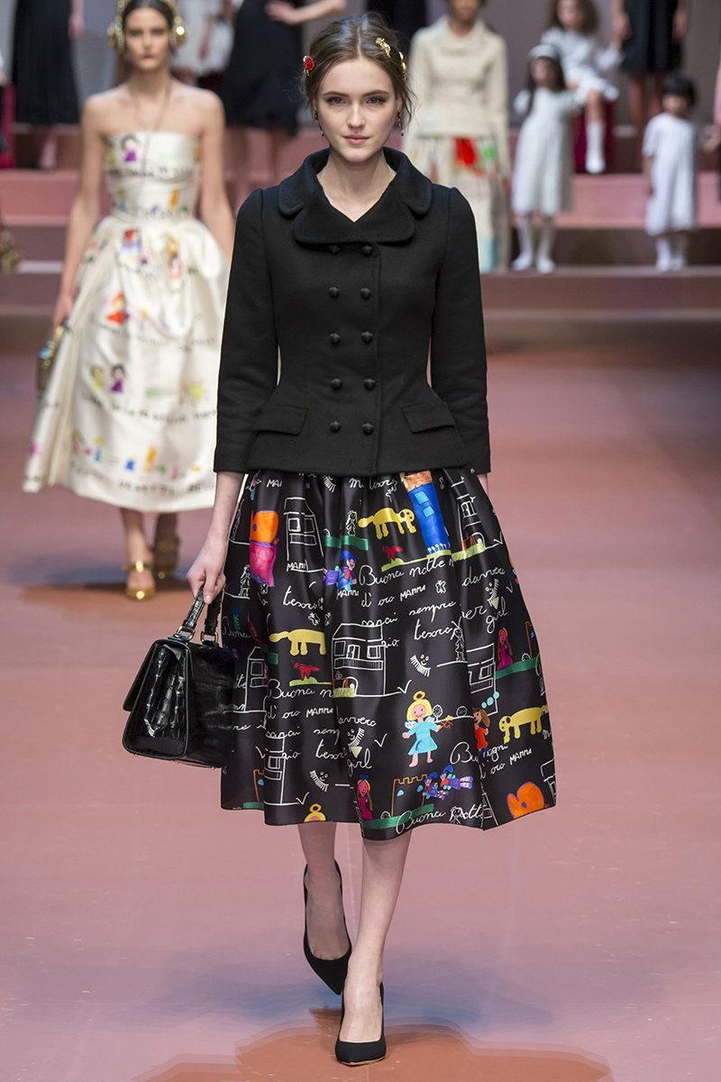 Dolce   Gabbana Fall 2015 RTW Runway 84 – Vogue  11f62c7fa93