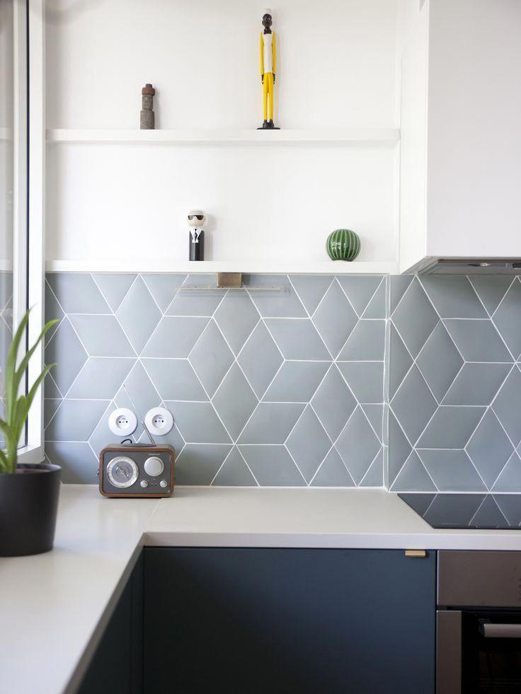 Assemblage de céramique en forme de losange. - Sanchez - #Assemblage #céramique #de #En #forme #losange #Sanchez #kitchentile #kitchensplashbacks