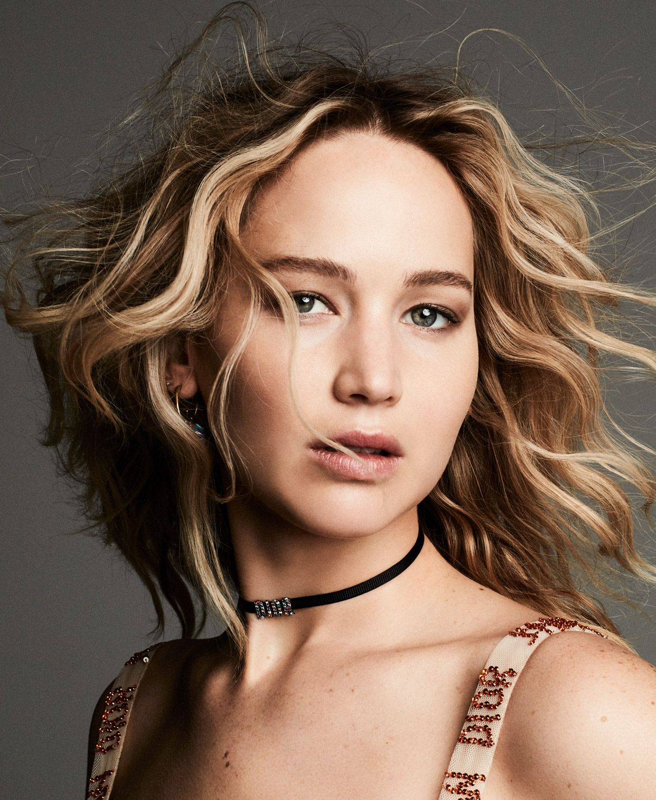 jennifer lawrence named face of dior's first new fragrance
