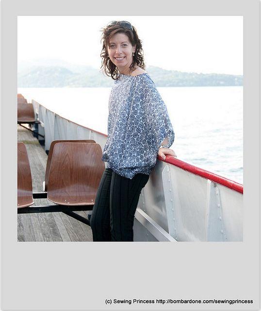 Sailing on the Lake Blouse by sewing princess