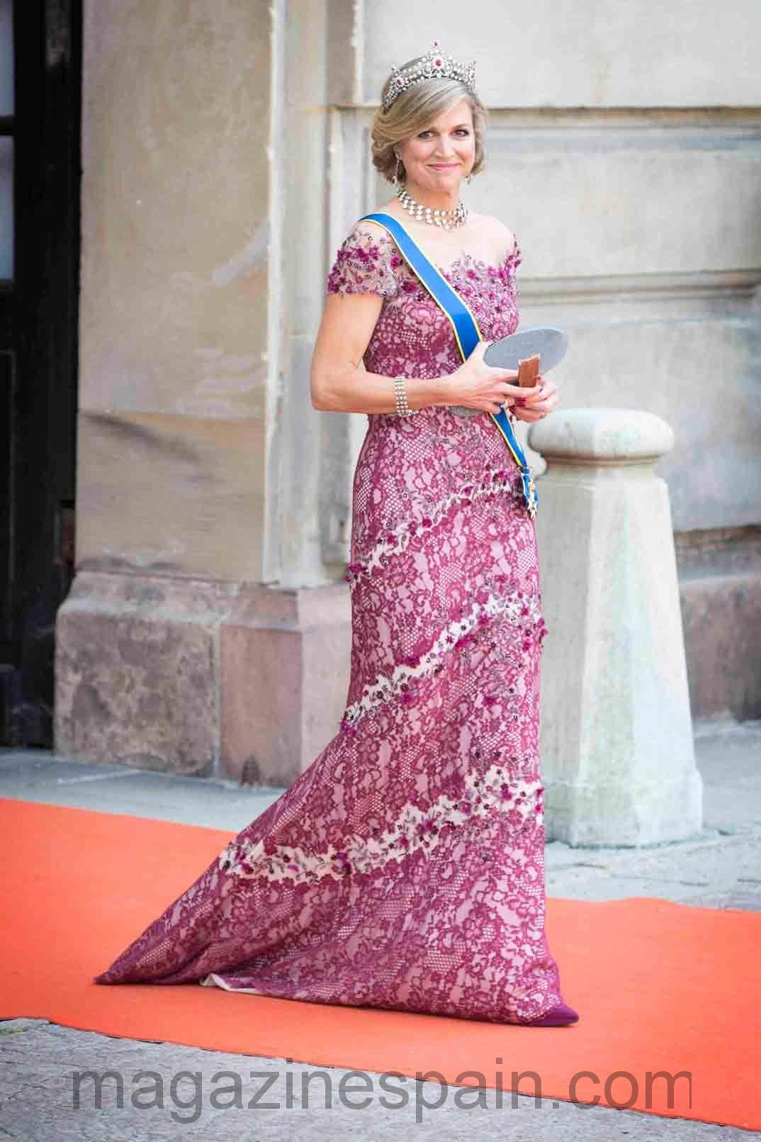 Bonito Vestidos De Novia Realeza Viñeta - Colección de Vestidos de ...