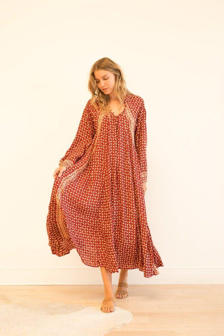 Dresses Maxi Dress A Line Dress [ 1125 x 750 Pixel ]