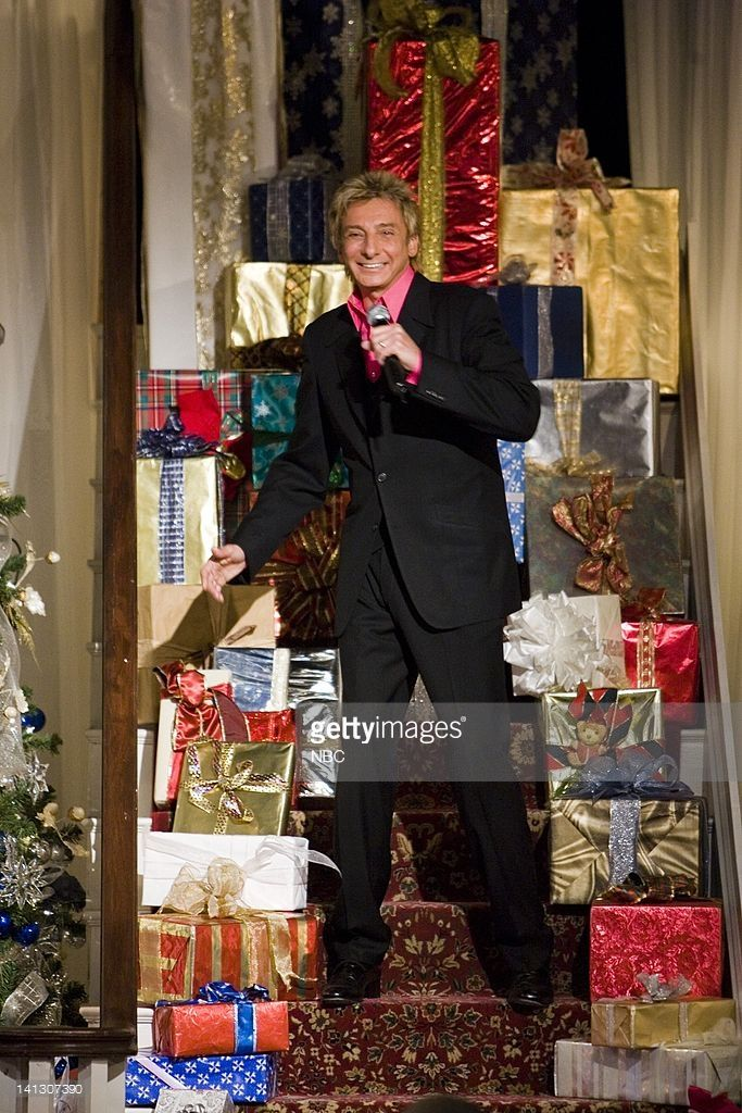 Barry Manilow -- Photo by: Chris Haston/NBCU Photo Bank | Barry ...