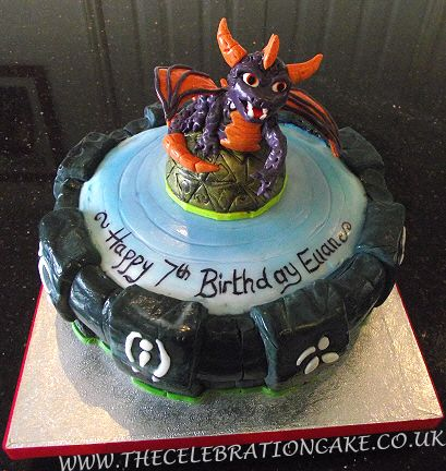 Peachy Cake 8500 Skylanders Giants Spyro Amp Portal Birthday 5500 Personalised Birthday Cards Veneteletsinfo