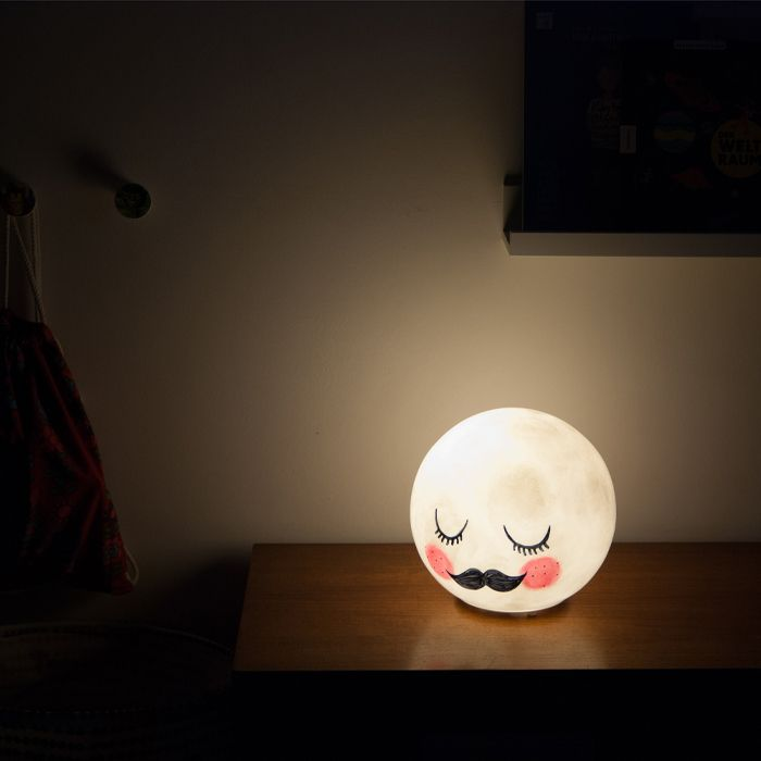 fado wird zu mister moon ein ikea hack manchmal highlights und tischlampe. Black Bedroom Furniture Sets. Home Design Ideas