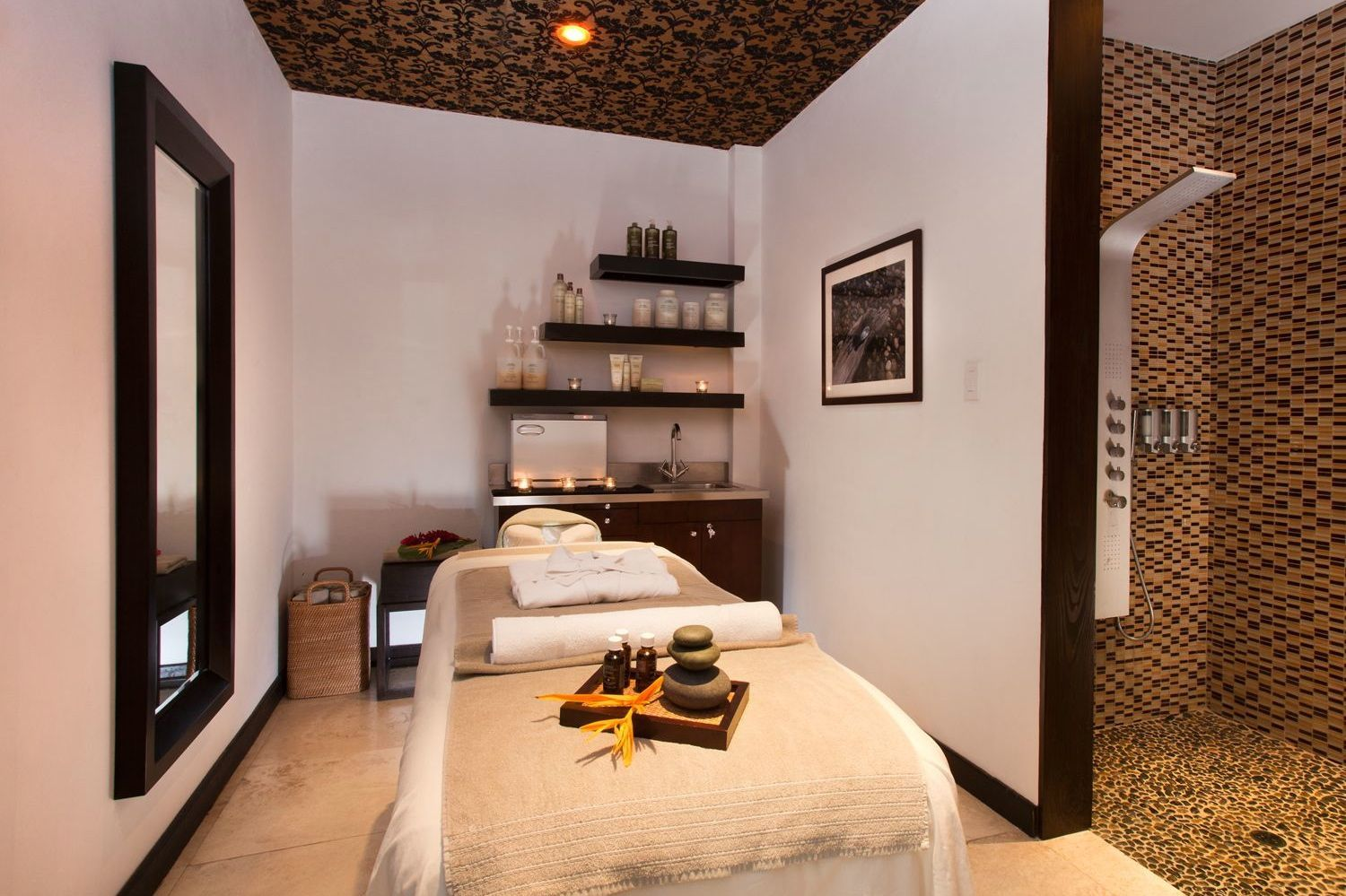 Genial Pictures Of Spa Treatment Rooms | How To Create A Massage Room In Your Home: