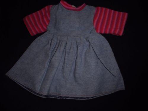 alte-Puppenkleidung-blaues-Kleid-mit-Ringelaermeln ...