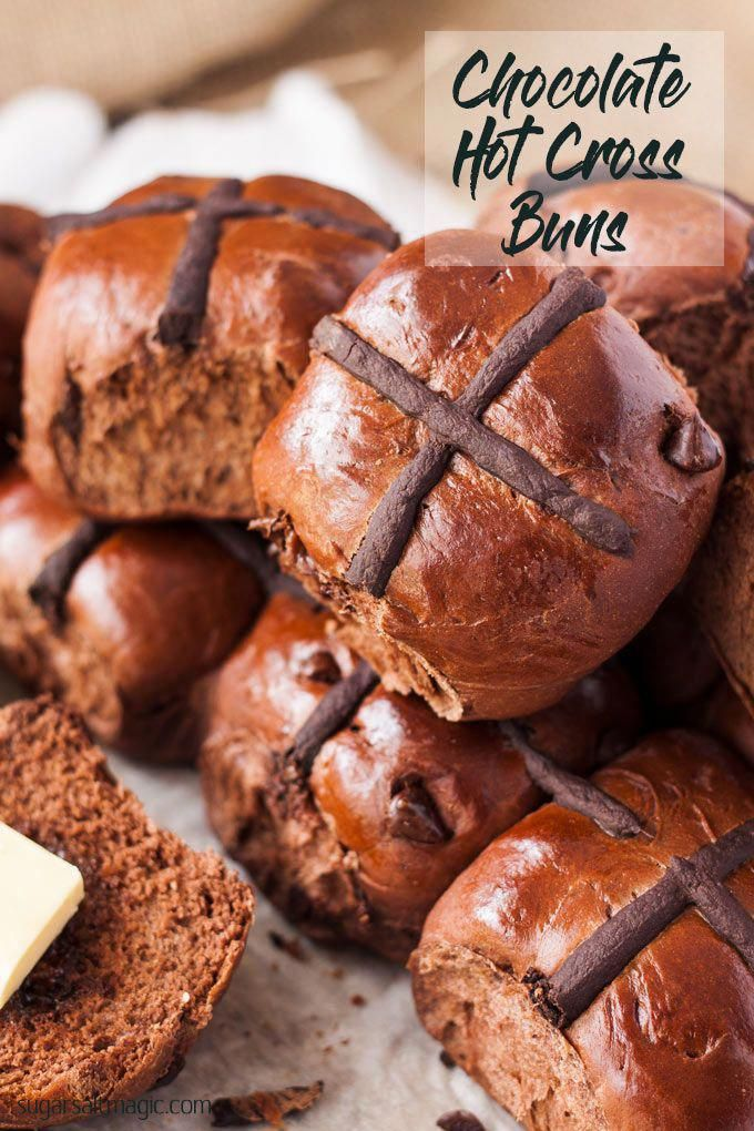 Making hot cross buns is incredibly easy with this Chocolate Hot Cross Buns r…