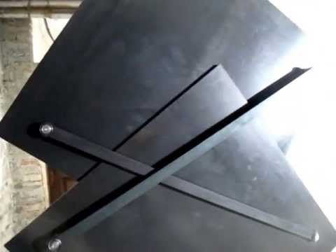 VIDEO: Klemens Torggler's Mesmerizing, Rotating Door