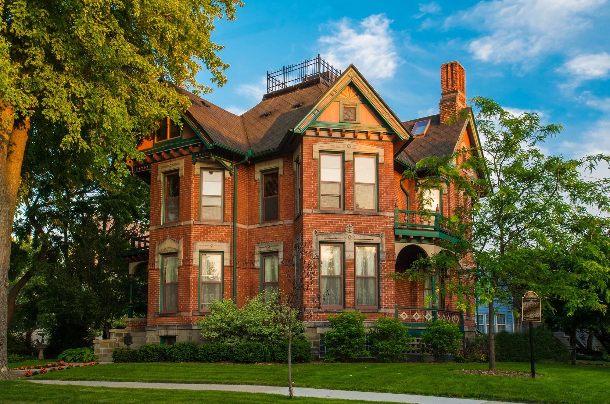 Historical Webster House, Bed and Breakfast, Romantic